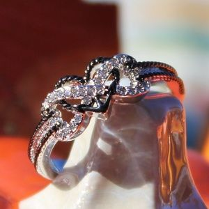 Jewelry - Heart Infinity ring